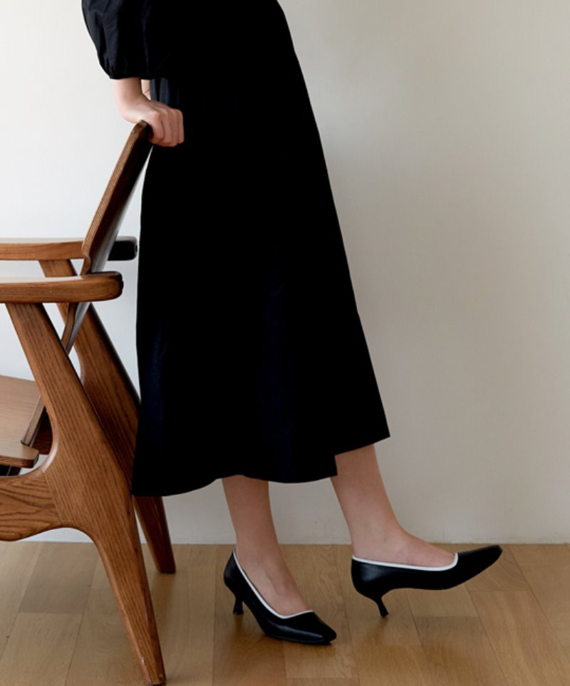NO. Anne Line Pumps_BLACK